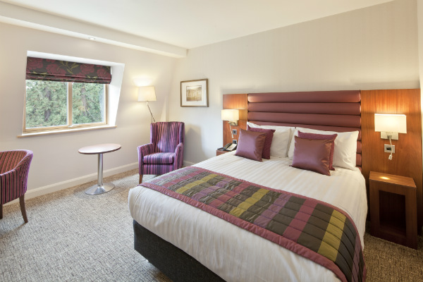 Drayton Manor Hotel Bedroom